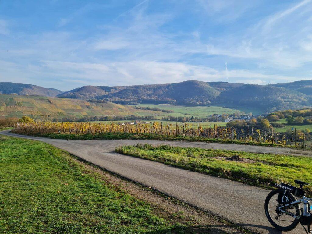 Radweg Blick auf die Grafschaft Veldenz